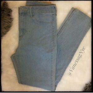 H&M Jeans Sz 26 Light Faded Blue